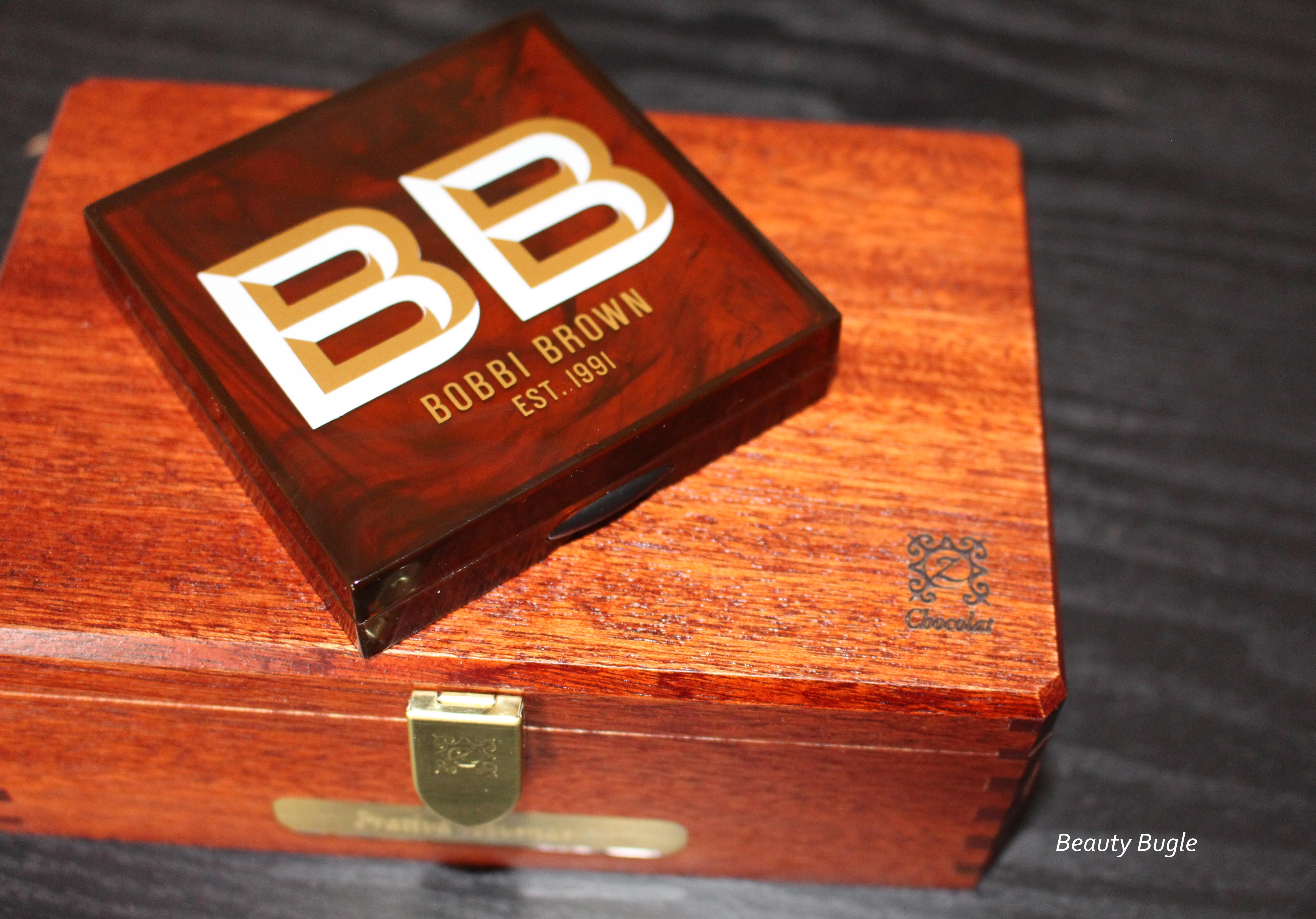 Bobbi Brown Highlighter Bronze Glow . . . Look at that packaging *drool*