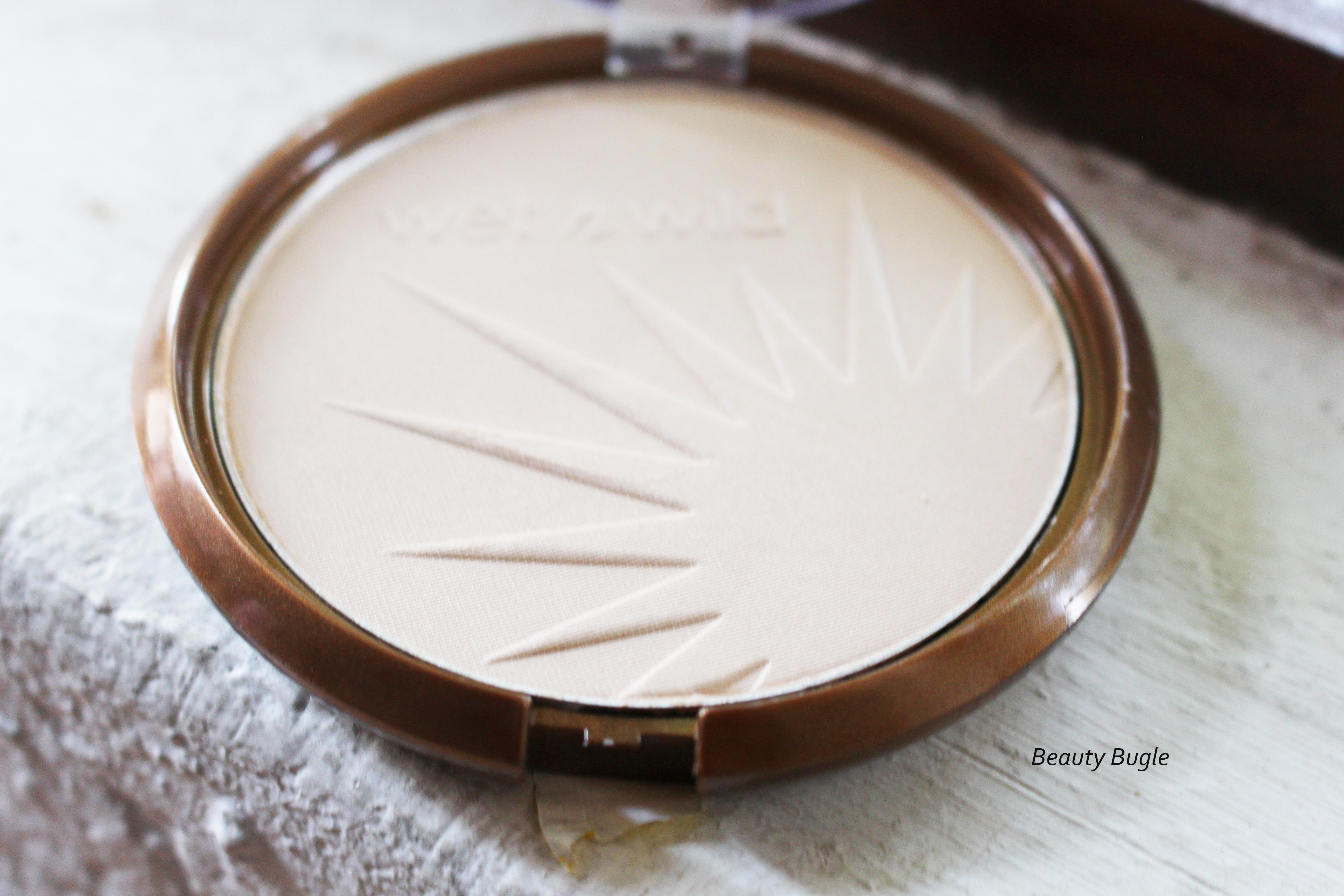 The pattern of the bronzer is gorgeous