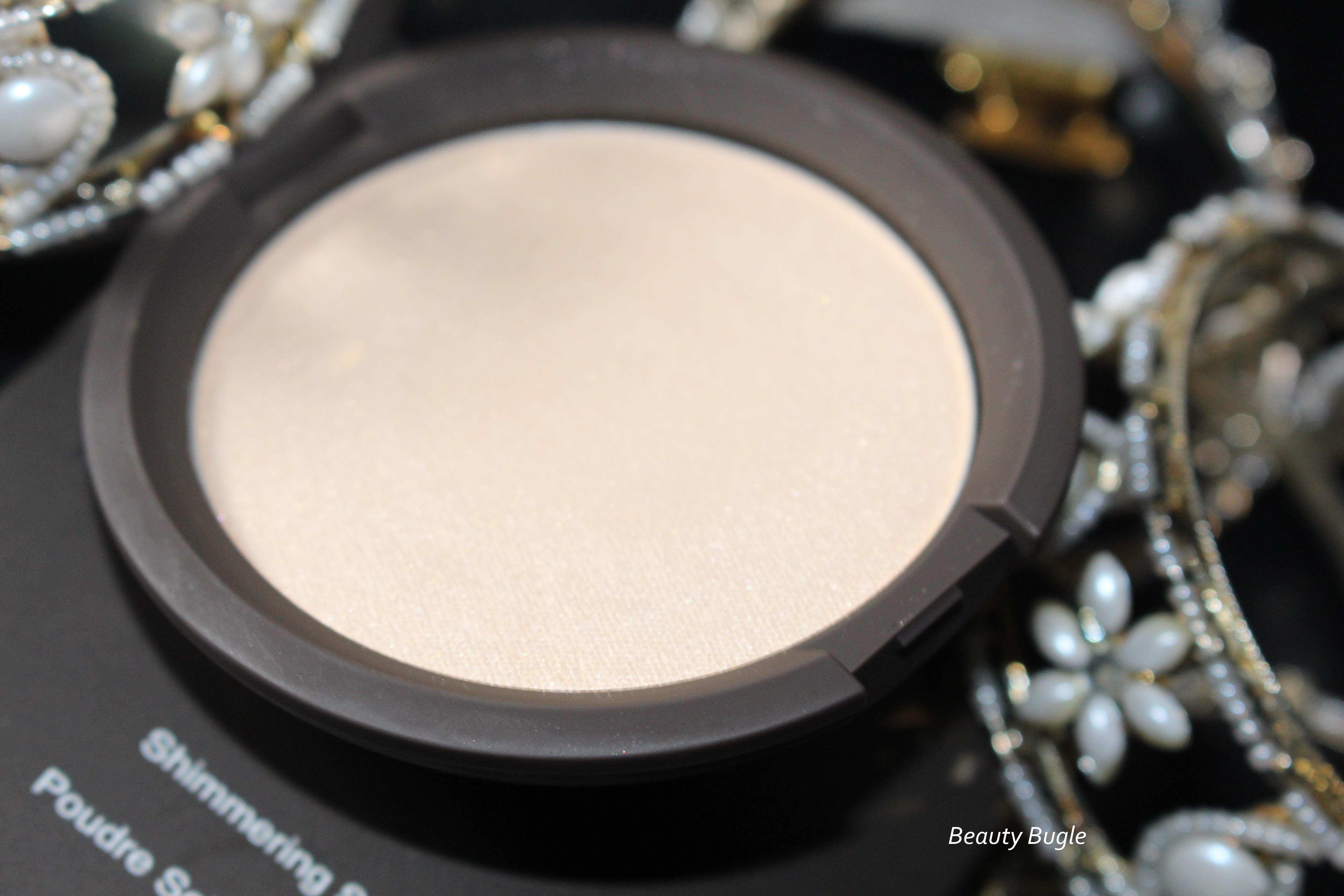 Becca's Shimmering Skin Perfector Pressed (Moonstone)